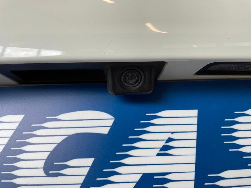 Photo 13 de l'offre de PORSCHE Cayenne Diesel Platinum Edition à 32900€ chez Dugast automobiles