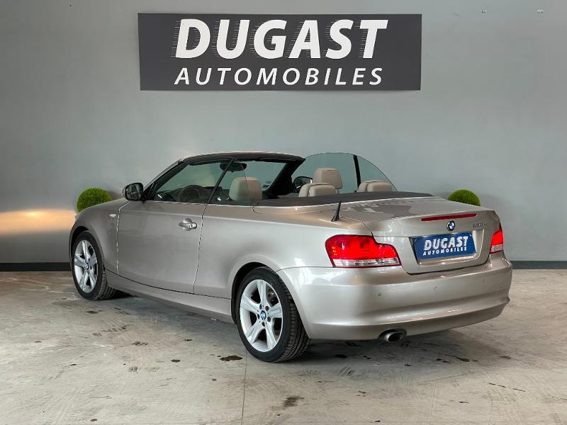 Photo 3 de l'offre de BMW Serie 1 Cabriolet 120dA 177ch Luxe à 11900€ chez Dugast automobiles