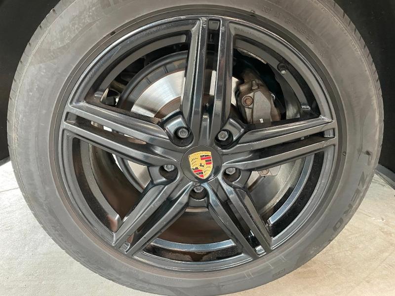 Photo 11 de l'offre de PORSCHE Cayenne Diesel Platinum Edition à 32900€ chez Dugast automobiles