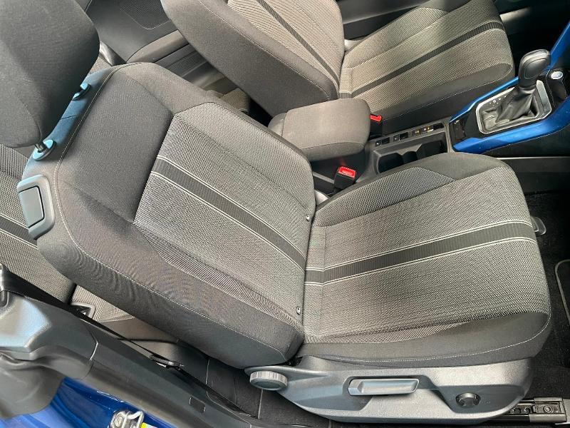 Photo 7 de l'offre de VOLKSWAGEN T-Roc cabriolet 1.5 TSI EVO 150ch style DSG7 Euro6d-T à 31900€ chez Dugast automobiles