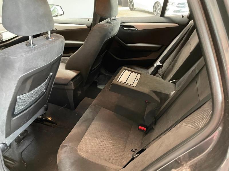 Photo 10 de l'offre de BMW X1 xDrive18d 143ch M Sport à 14900€ chez Dugast automobiles