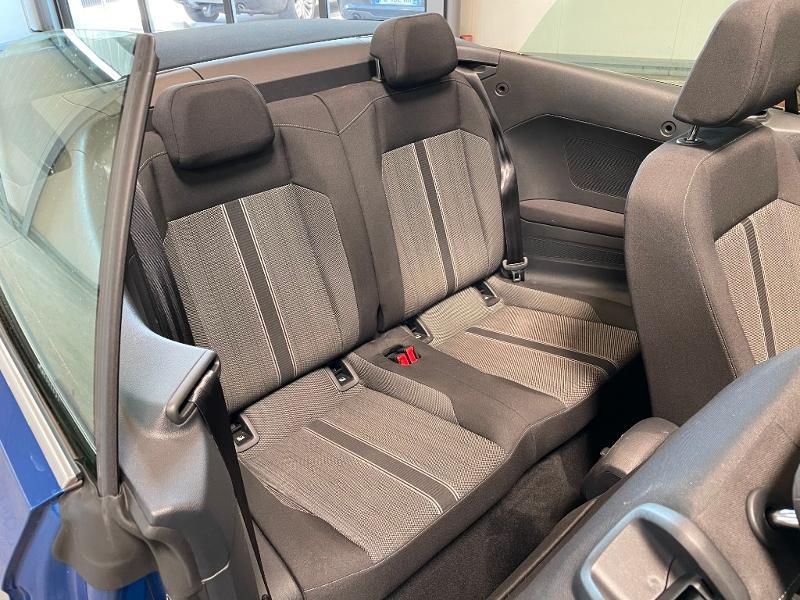 Photo 6 de l'offre de VOLKSWAGEN T-Roc cabriolet 1.5 TSI EVO 150ch style DSG7 Euro6d-T à 31900€ chez Dugast automobiles