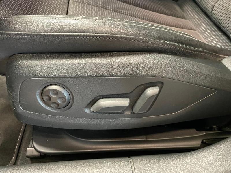 Photo 26 de l'offre de AUDI A5 Sportback 2.0 TDI 190ch S line quattro S tronic 7 à 32900€ chez Dugast automobiles