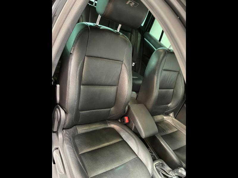 Photo 6 de l'offre de VOLKSWAGEN Tiguan 2.0 TDI 177ch BlueMotion Technology FAP R Exclusive 4Motion DSG7 à 16900€ chez Dugast automobiles