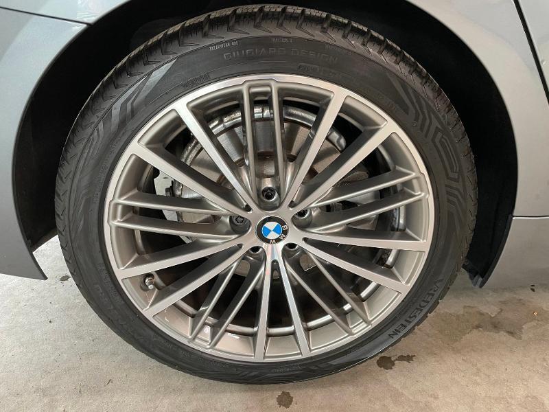 Photo 11 de l'offre de BMW Serie 5 Touring 520dA 190ch Sport Steptronic Euro6c à 37900€ chez Dugast automobiles