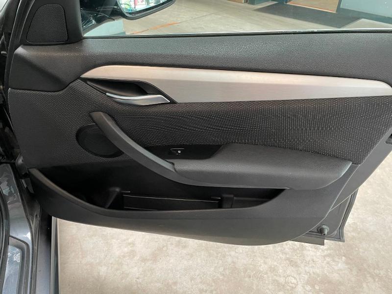 Photo 7 de l'offre de BMW X1 xDrive18d 143ch M Sport à 14900€ chez Dugast automobiles