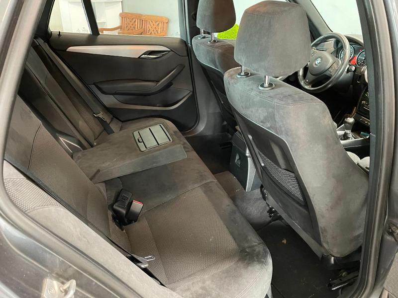Photo 8 de l'offre de BMW X1 xDrive18d 143ch M Sport à 14900€ chez Dugast automobiles
