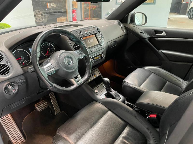 Photo 13 de l'offre de VOLKSWAGEN Tiguan 2.0 TDI 177ch BlueMotion Technology FAP R Exclusive 4Motion DSG7 à 16900€ chez Dugast automobiles