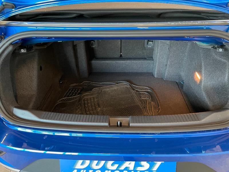 Photo 11 de l'offre de VOLKSWAGEN T-Roc cabriolet 1.5 TSI EVO 150ch style DSG7 Euro6d-T à 31900€ chez Dugast automobiles