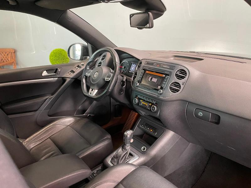 Photo 5 de l'offre de VOLKSWAGEN Tiguan 2.0 TDI 177ch BlueMotion Technology FAP R Exclusive 4Motion DSG7 à 16900€ chez Dugast automobiles