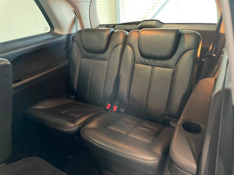 Photo 17 de l'offre de MERCEDES-BENZ Classe GL 500 Pack Luxe 7pl à 23900€ chez Dugast automobiles