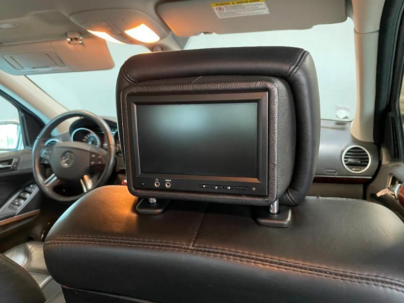 Photo 9 de l'offre de MERCEDES-BENZ Classe GL 500 Pack Luxe 7pl à 23900€ chez Dugast automobiles