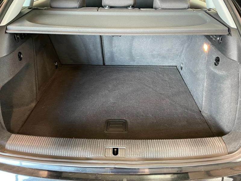 Photo 10 de l'offre de AUDI Q3 2.0 TDI 140ch Business line à 17900€ chez Dugast automobiles