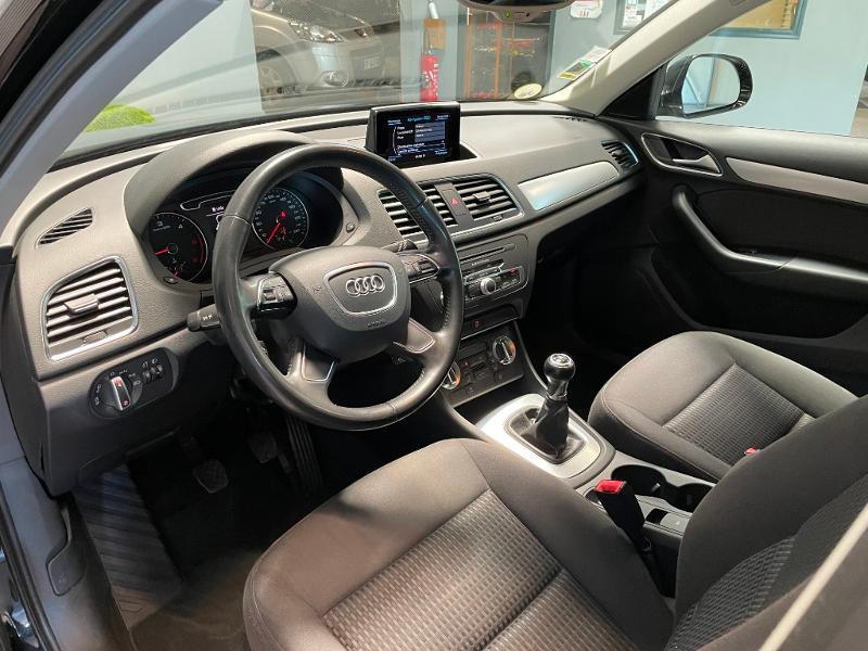 Photo 12 de l'offre de AUDI Q3 2.0 TDI 140ch Business line à 17900€ chez Dugast automobiles