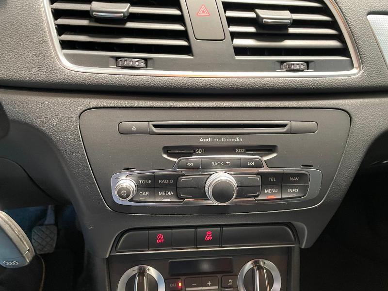 Photo 18 de l'offre de AUDI Q3 2.0 TDI 140ch Business line à 17900€ chez Dugast automobiles