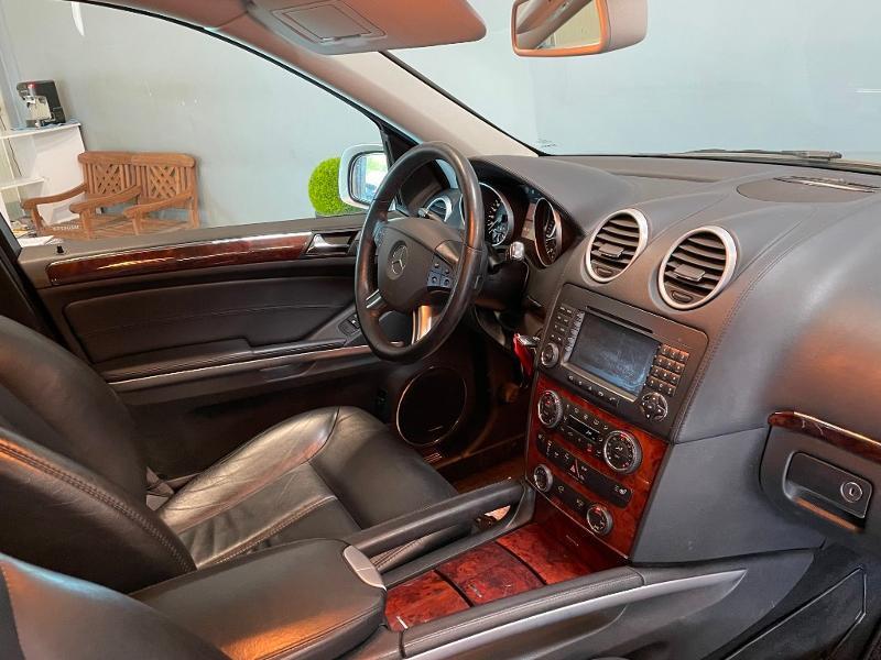 Photo 5 de l'offre de MERCEDES-BENZ Classe GL 500 Pack Luxe 7pl à 23900€ chez Dugast automobiles