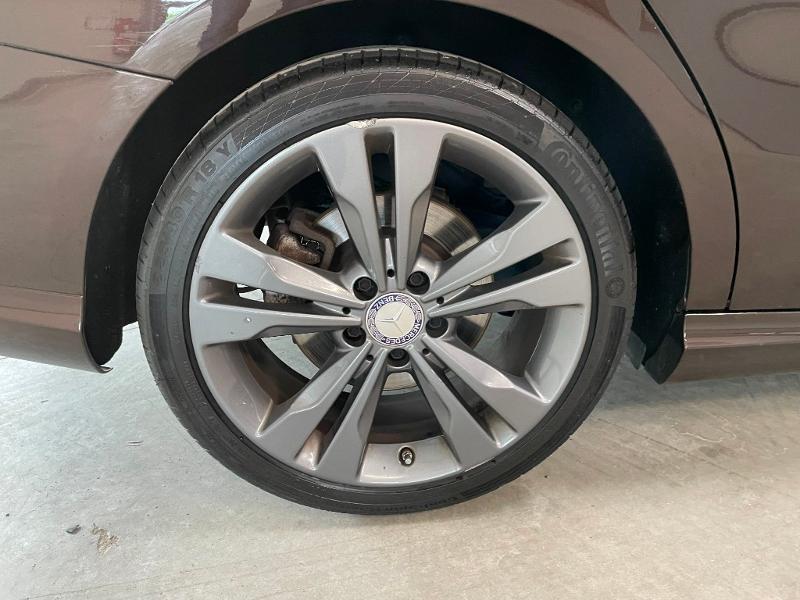 Photo 10 de l'offre de MERCEDES-BENZ CLA Shooting Brake 200 Sensation 7G-DCT à 23900€ chez Dugast automobiles