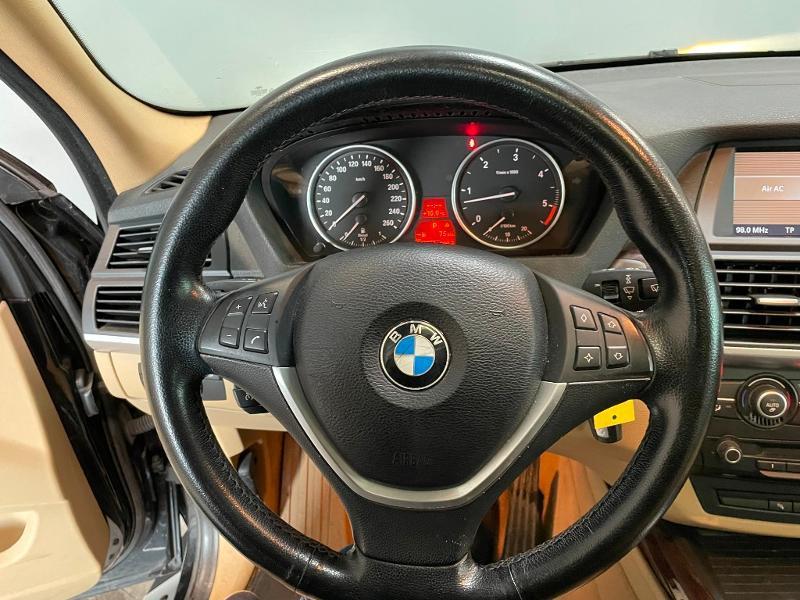 Photo 19 de l'offre de BMW X5 3.0dA 235ch Luxe 7places à 13900€ chez Dugast automobiles