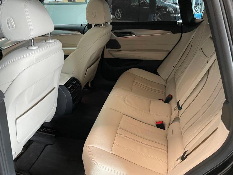 Photo 15 de l'offre de BMW Serie 6 Gran Turismo 630d xDrive 265ch M Sport à 46900€ chez Dugast automobiles