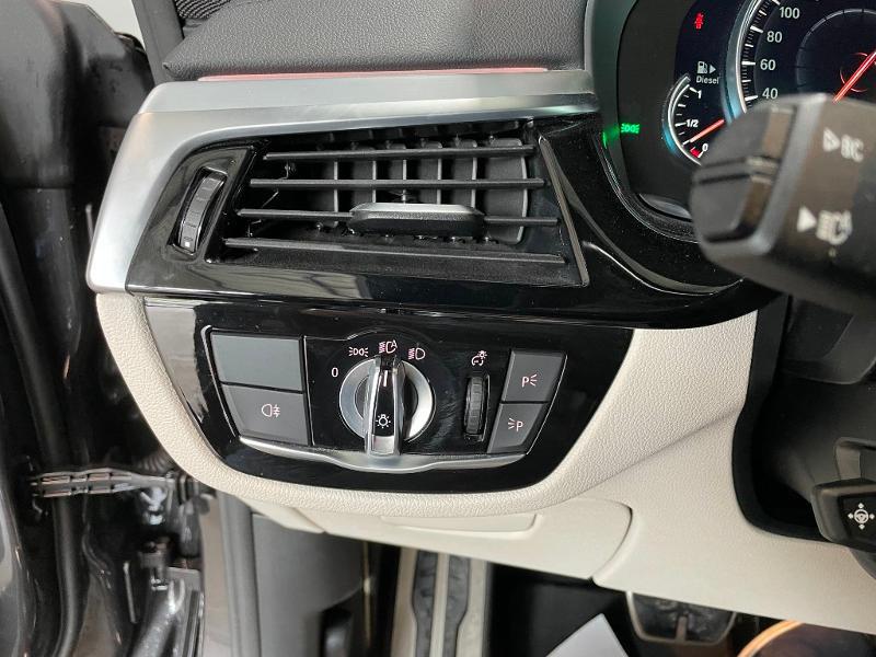 Photo 19 de l'offre de BMW Serie 6 Gran Turismo 630d xDrive 265ch M Sport à 46900€ chez Dugast automobiles