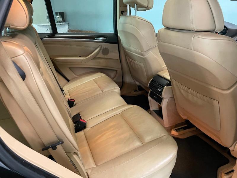 Photo 9 de l'offre de BMW X5 3.0dA 235ch Luxe 7places à 13900€ chez Dugast automobiles