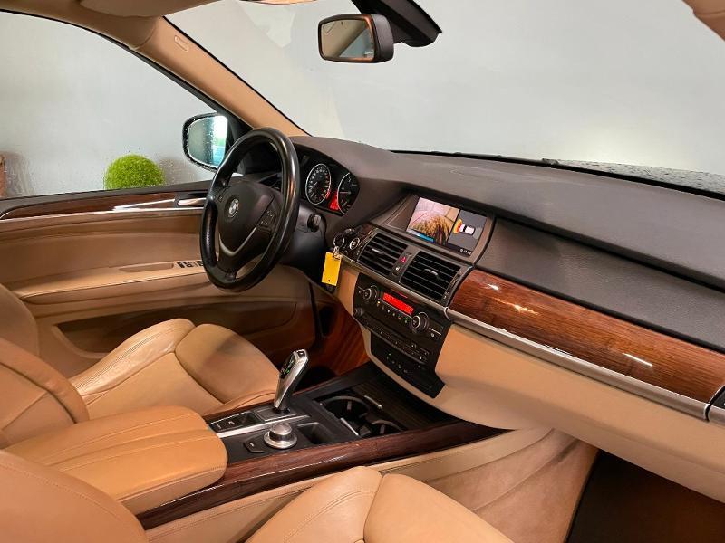 Photo 5 de l'offre de BMW X5 3.0dA 235ch Luxe 7places à 13900€ chez Dugast automobiles