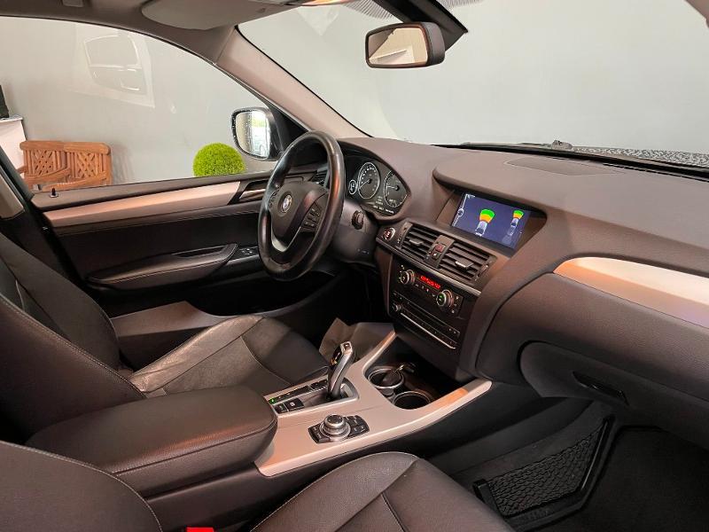 Photo 5 de l'offre de BMW X3 xDrive20dA 184ch Excellis à 12900€ chez Dugast automobiles