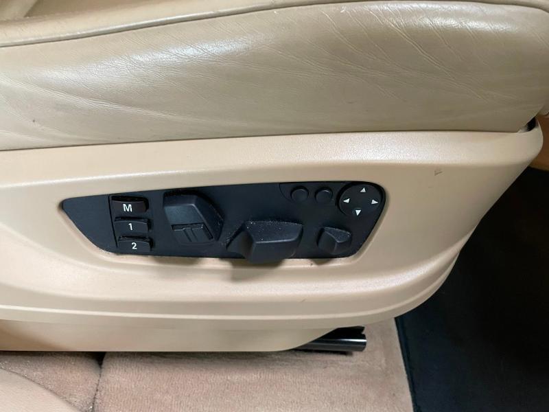Photo 7 de l'offre de BMW X5 3.0dA 235ch Luxe 7places à 13900€ chez Dugast automobiles