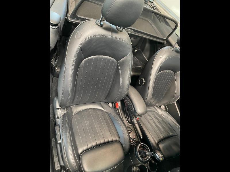 Photo 9 de l'offre de MINI Mini Cooper S cabriolet 192ch John Cooper Works BVA à 25900€ chez Dugast automobiles