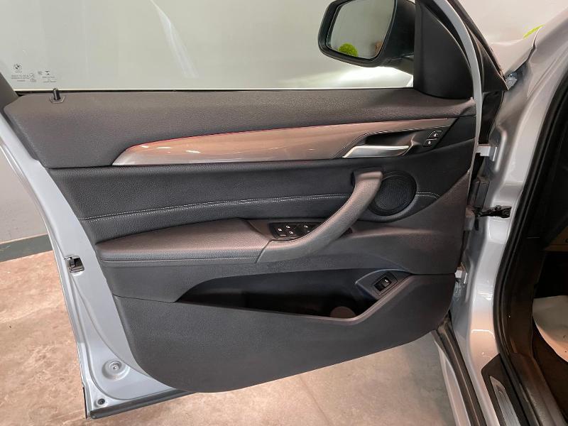 Photo 13 de l'offre de BMW X1 sDrive18dA 150ch xLine à 27900€ chez Dugast automobiles