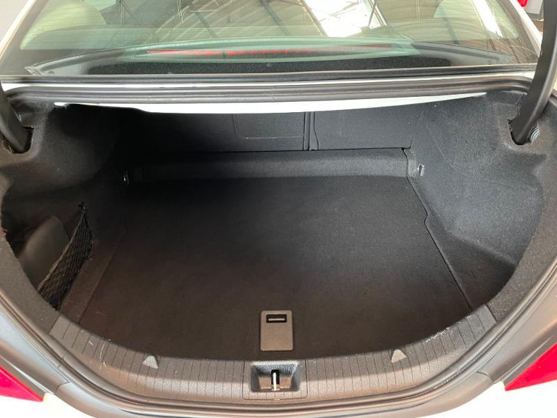 Photo 11 de l'offre de MERCEDES-BENZ CLA 180 Inspiration à 17900€ chez Dugast automobiles