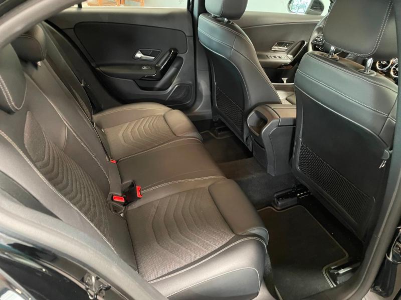 Photo 8 de l'offre de MERCEDES-BENZ Classe A 180 d 116ch Business Line 7G-DCT à 28900€ chez Dugast automobiles