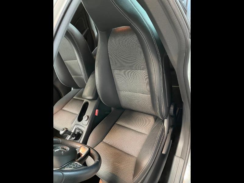 Photo 15 de l'offre de MERCEDES-BENZ CLA 180 Inspiration à 17900€ chez Dugast automobiles
