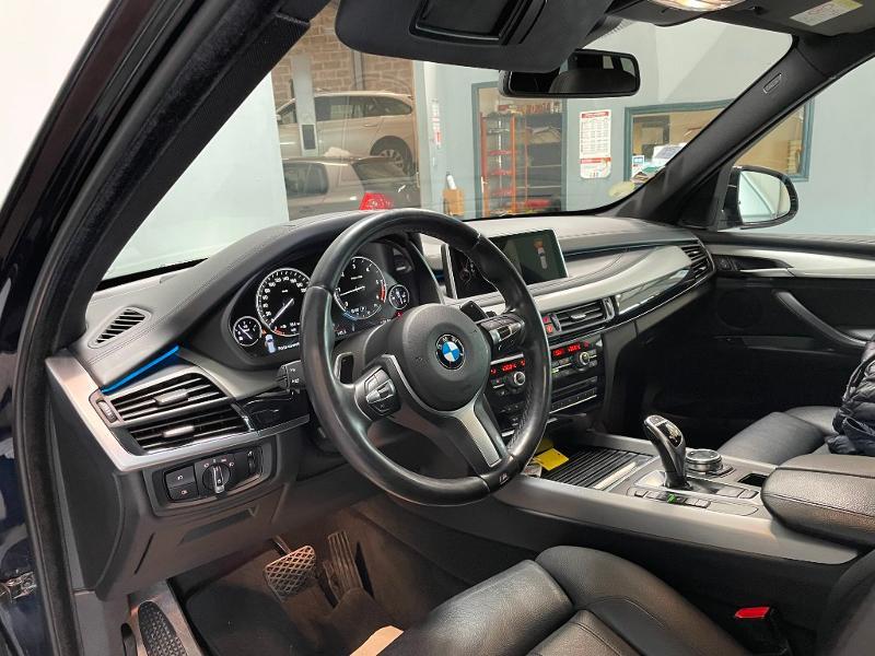 Photo 13 de l'offre de BMW X5 xDrive30dA 258ch M Sport à 34900€ chez Dugast automobiles