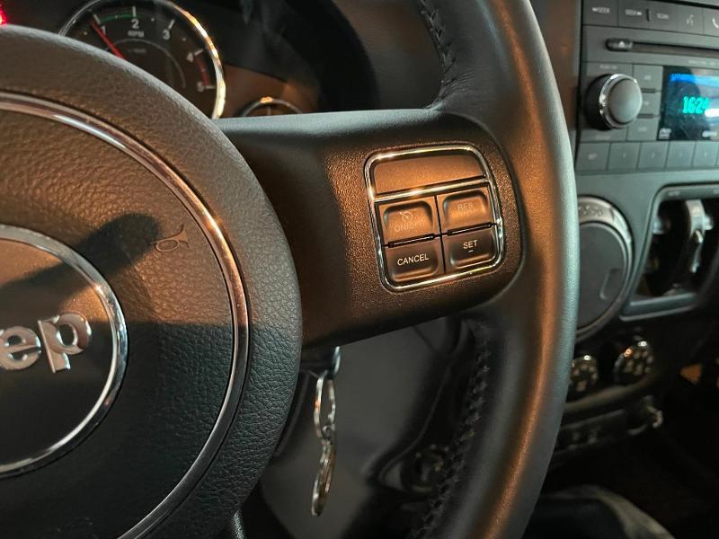 Photo 16 de l'offre de JEEP Wrangler 2.8 CRD 200 FAP Unlimited Sahara à 31900€ chez Dugast automobiles