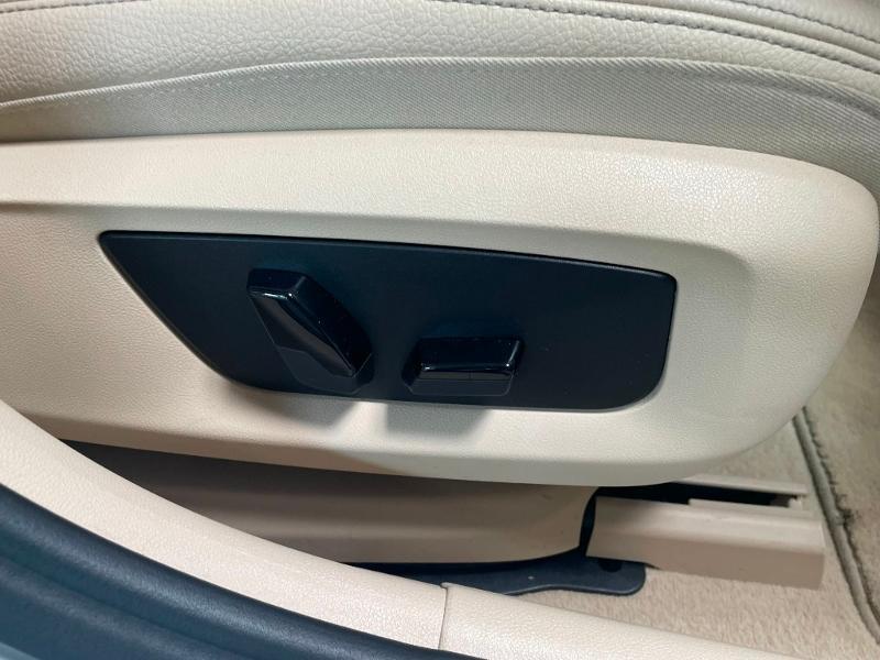 Photo 7 de l'offre de BMW Serie 5 Touring 520dA 190ch Business à 34900€ chez Dugast automobiles