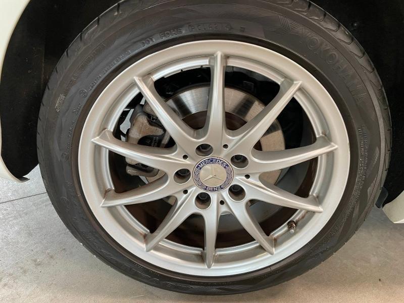 Photo 10 de l'offre de MERCEDES-BENZ CLA 180 Inspiration à 17900€ chez Dugast automobiles