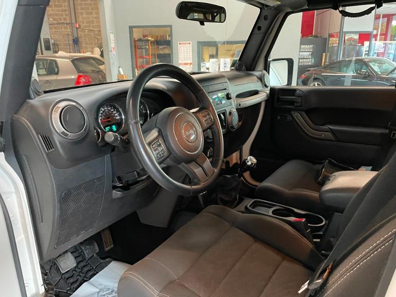 Photo 13 de l'offre de JEEP Wrangler 2.8 CRD 200 FAP Unlimited Sahara à 31900€ chez Dugast automobiles