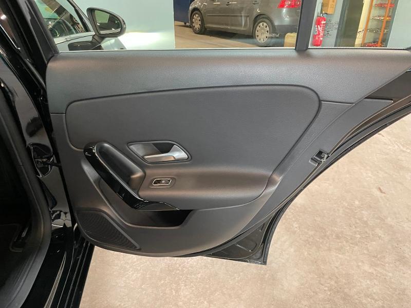 Photo 10 de l'offre de MERCEDES-BENZ Classe A 180 d 116ch Business Line 7G-DCT à 28900€ chez Dugast automobiles