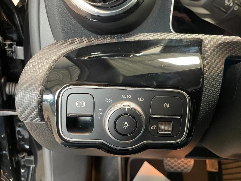 Photo 26 de l'offre de MERCEDES-BENZ Classe A 180 d 116ch Business Line 7G-DCT à 28900€ chez Dugast automobiles
