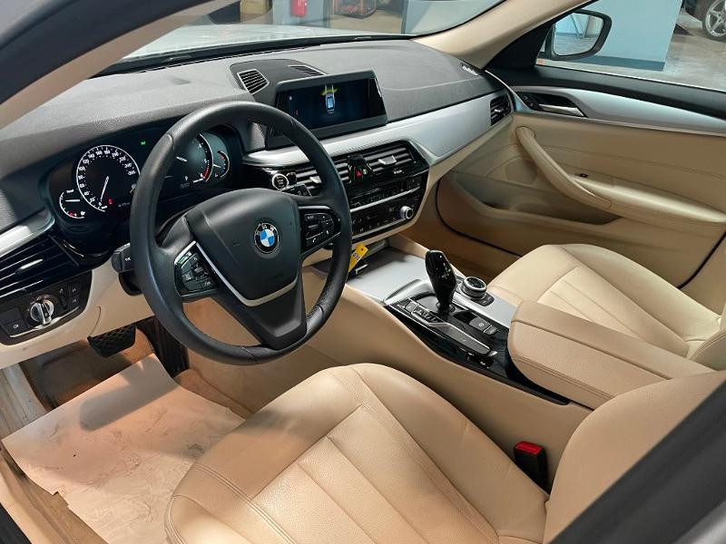 Photo 14 de l'offre de BMW Serie 5 Touring 520dA 190ch Business à 34900€ chez Dugast automobiles