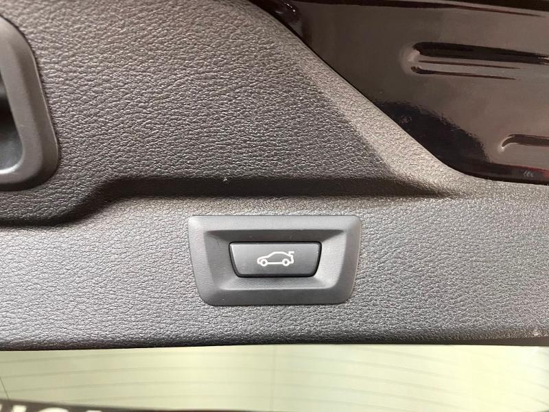 Photo 11 de l'offre de BMW X5 xDrive30dA 258ch M Sport à 34900€ chez Dugast automobiles