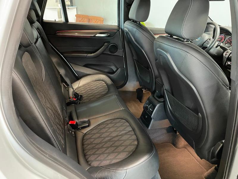 Photo 8 de l'offre de BMW X1 sDrive18dA 150ch xLine à 27900€ chez Dugast automobiles