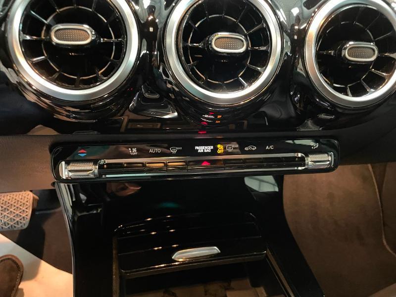 Photo 24 de l'offre de MERCEDES-BENZ Classe A 180 d 116ch Business Line 7G-DCT à 28900€ chez Dugast automobiles