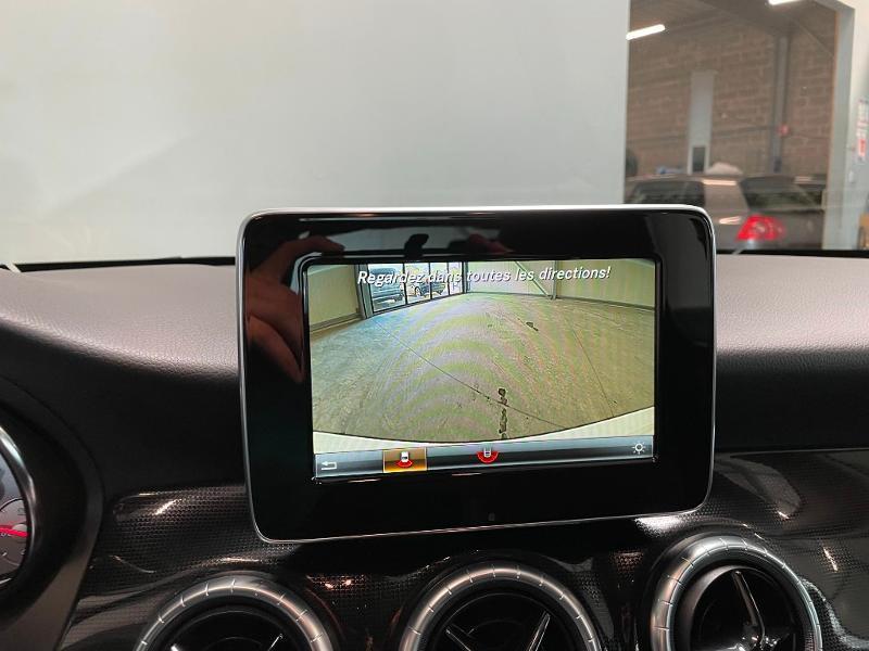 Photo 18 de l'offre de MERCEDES-BENZ CLA 180 Inspiration à 17900€ chez Dugast automobiles