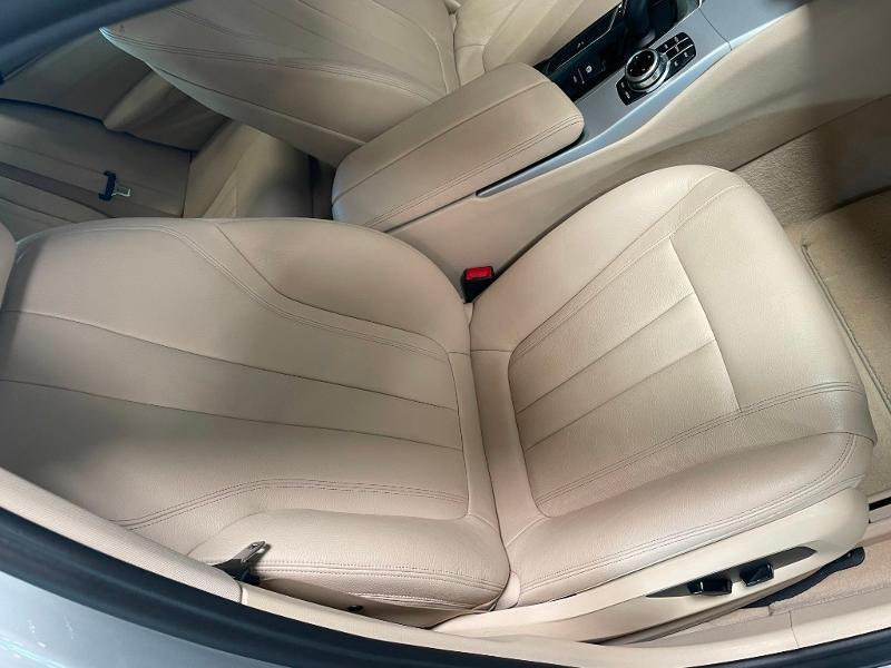 Photo 6 de l'offre de BMW Serie 5 Touring 520dA 190ch Business à 34900€ chez Dugast automobiles