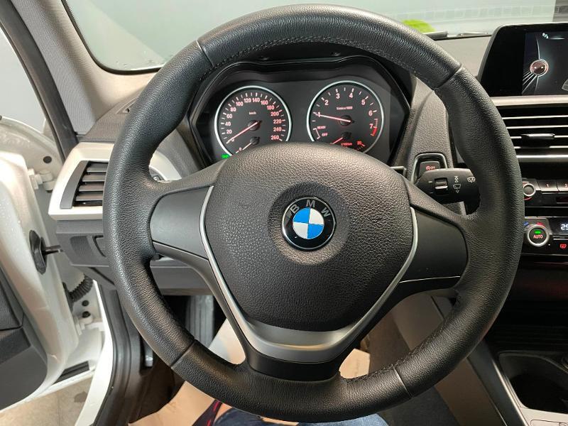 Photo 12 de l'offre de BMW Serie 1 116i 109ch Premiere 5p à 17900€ chez Dugast automobiles