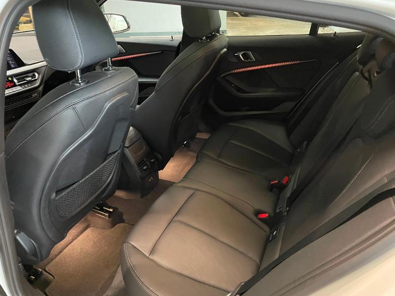 Photo 12 de l'offre de BMW Serie 1 118dA 150ch M Sport 8cv à 34900€ chez Dugast automobiles