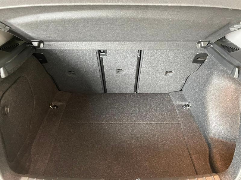 Photo 9 de l'offre de BMW Serie 1 116i 109ch Premiere 5p à 17900€ chez Dugast automobiles