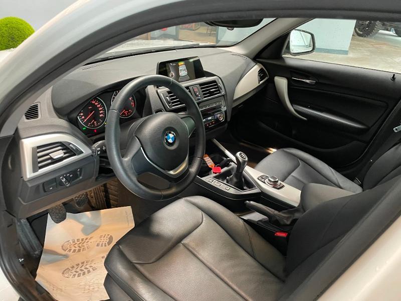 Photo 11 de l'offre de BMW Serie 1 116i 109ch Premiere 5p à 17900€ chez Dugast automobiles
